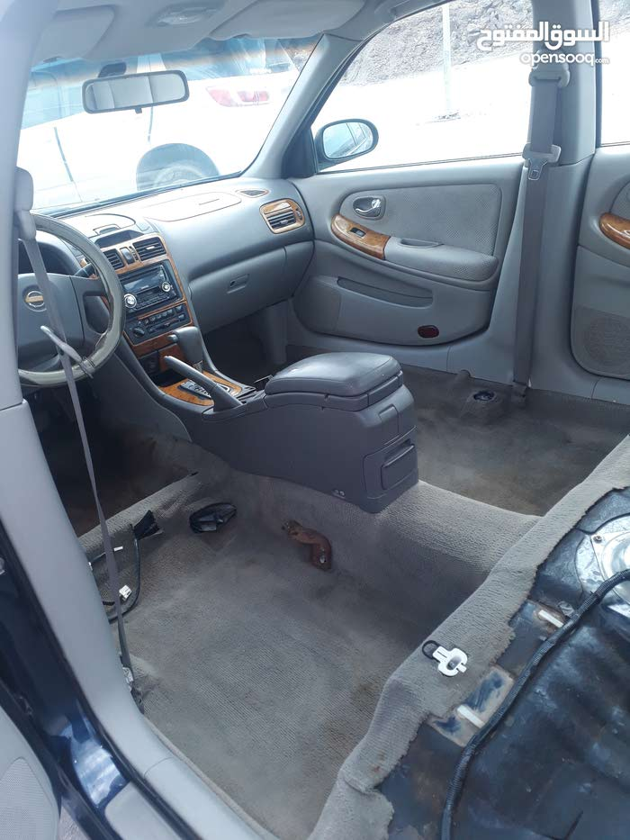 +200,000 km Nissan Maxima 2003 for sale