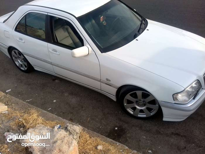 Mercedes Benz C 180 1998 for sale in Amman