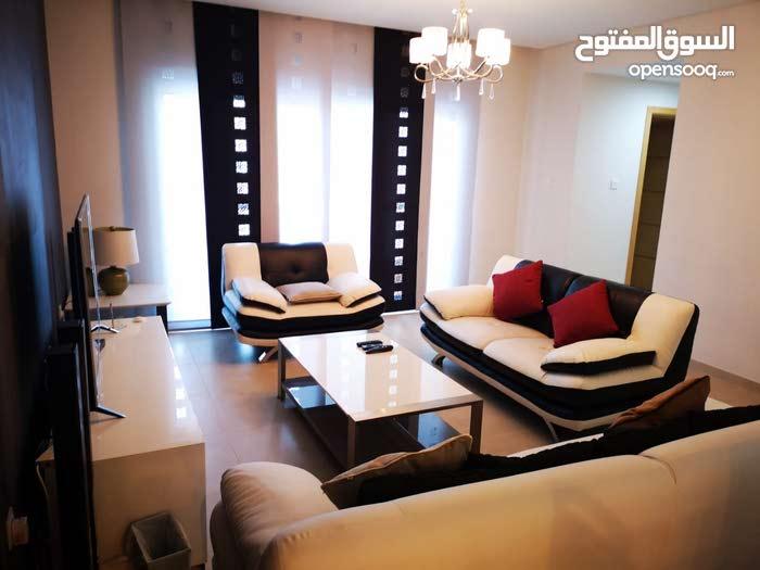 Luxury Beautiful 1 Bedroom Furnished Apartment in Amwaj Island For Sale