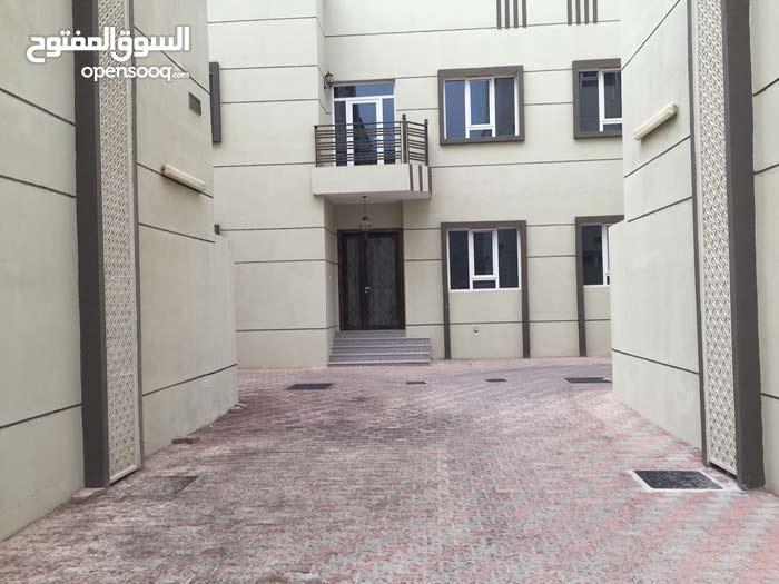 فيلا للإيجار في العوابي بوشرVilla for rent in Awabi Bawshar