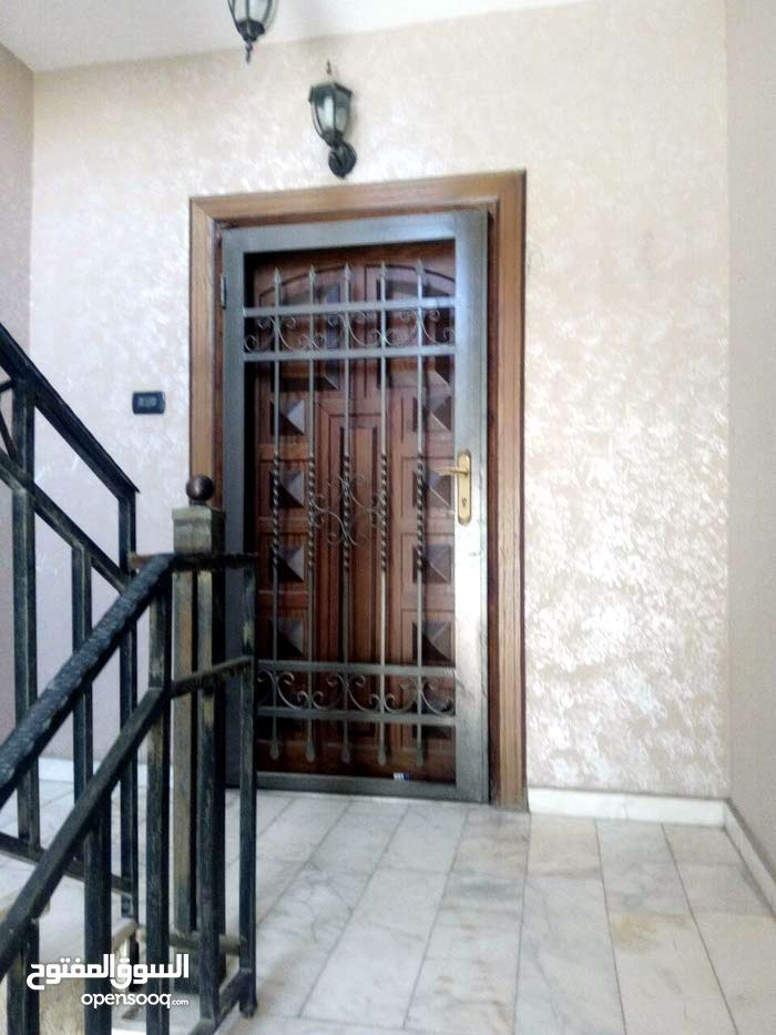 Best price 200 sqm apartment for sale in ZarqaAl Zarqa Al Jadeedeh