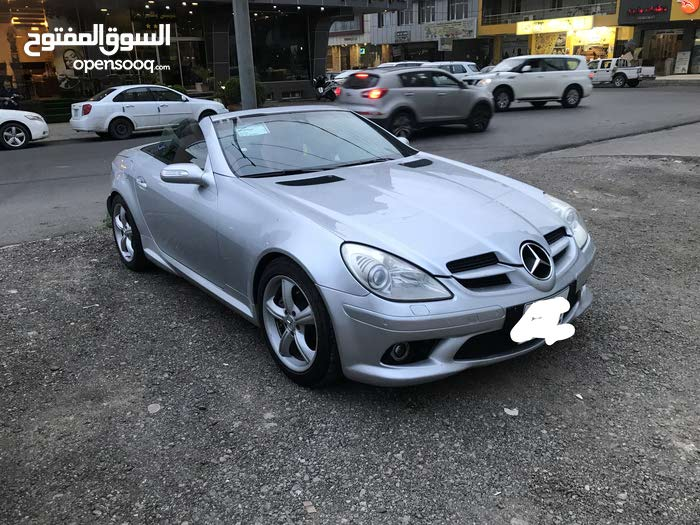Used condition Mercedes Benz SLK 350 2006 with 70,000 - 79,999 km mileage