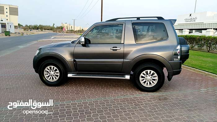Mitsubishi Pajero car for sale 2015 in Muscat city - (103595080