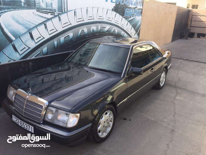 Mercedes Benz E 230 made in 1992 for sale