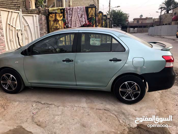 Green Toyota Yaris 2006 for sale