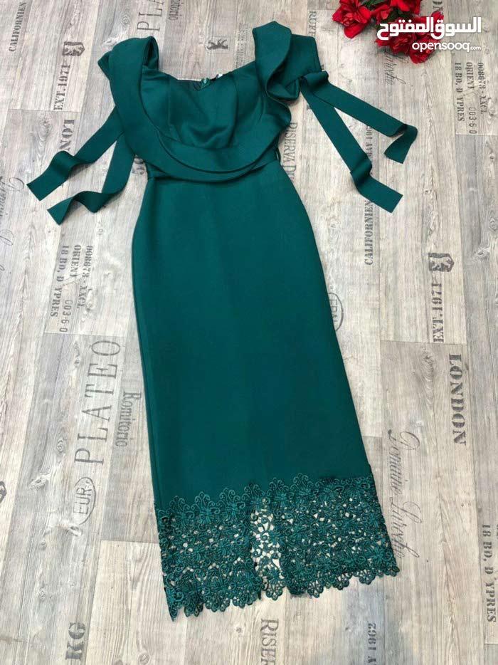 فستان سهره تأنقي بأجمل اطلاله في المناسبات العصرية