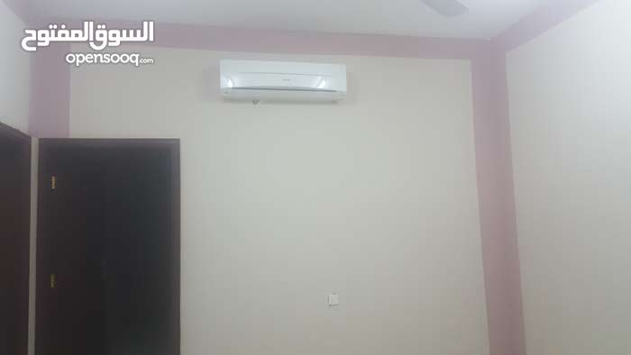 a ground and second floor flats for rent in Alamerat