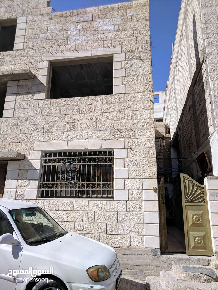 135 sqm  apartment for rent in Zarqa