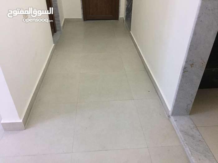 شقة في شارع عمر المختار