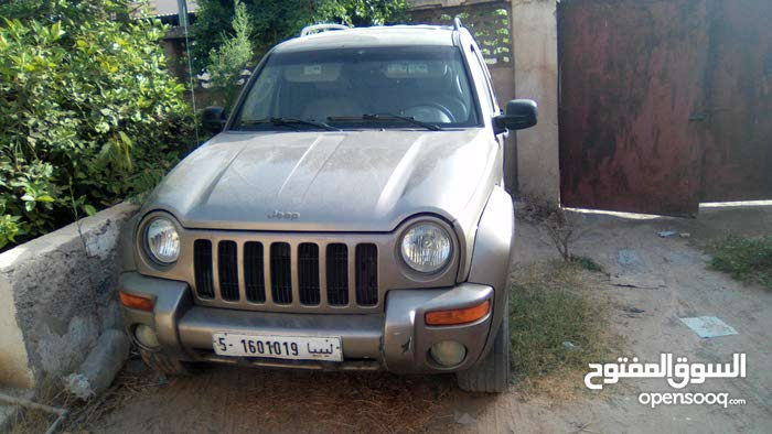 Available for sale! +200,000 km mileage Jeep Liberty 2007