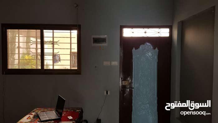 منزل أرضي للإيجار مع حديقة - غزة الزيتون بجوار مسجد صلاح الدين