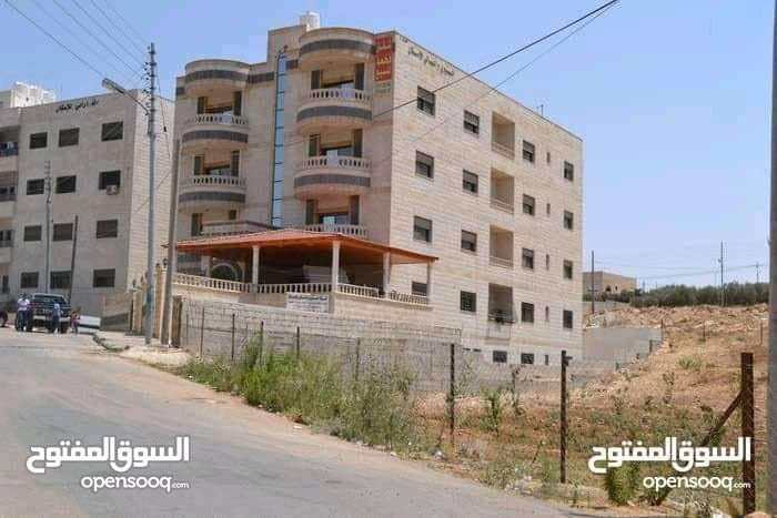Shafa Badran neighborhood Amman city - 201 sqm apartment for sale