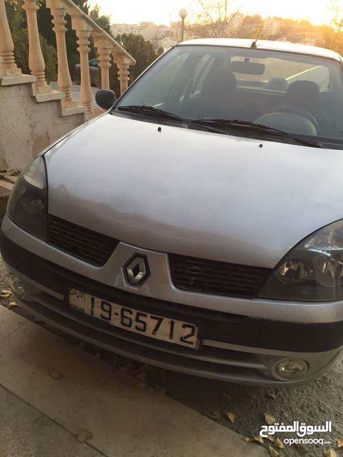 Renault Clio made in 2004 for sale