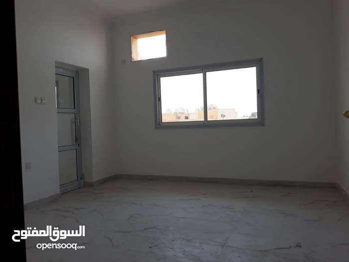 Commercial flat for rent in Galali