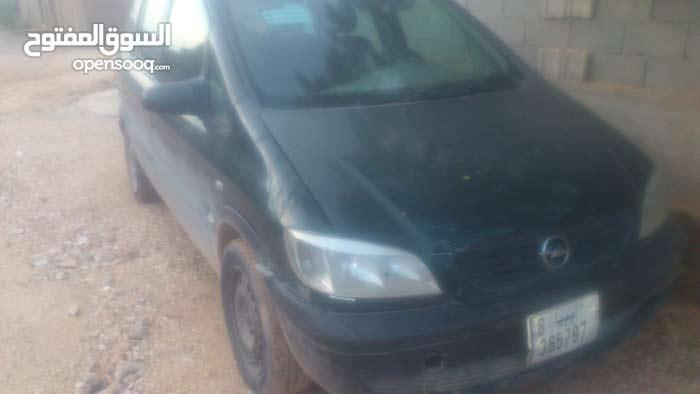 Used Opel Zafira in Benghazi