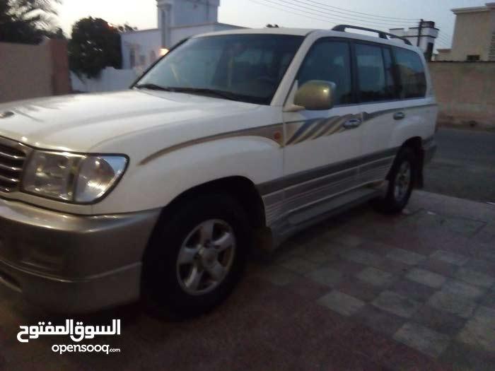 White Toyota Land Cruiser 2002 for sale