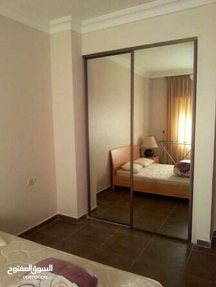 شقة للايجار  الموقع السابع  بالقرب من كوزمو