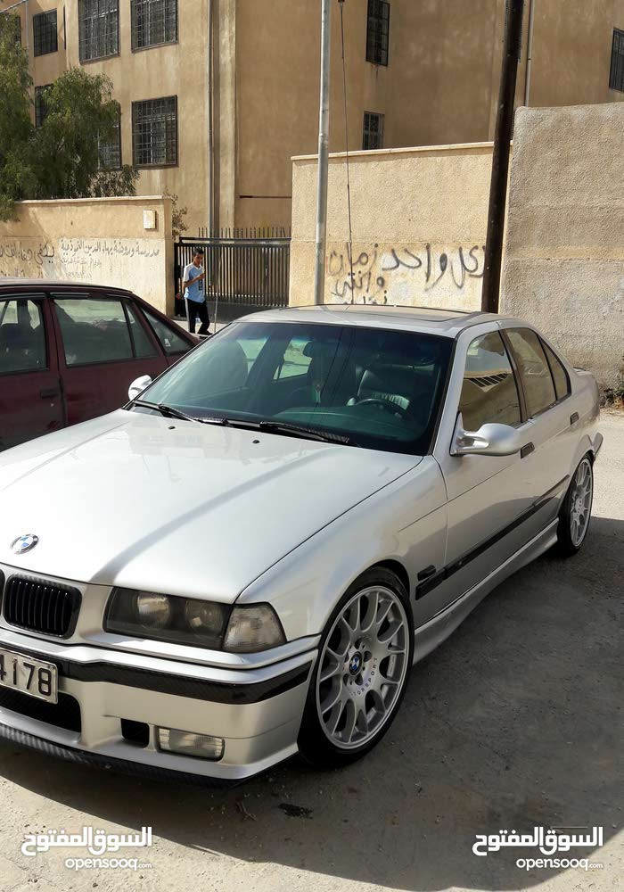 Used condition BMW 320 1993 with 10,000 - 19,999 km mileage