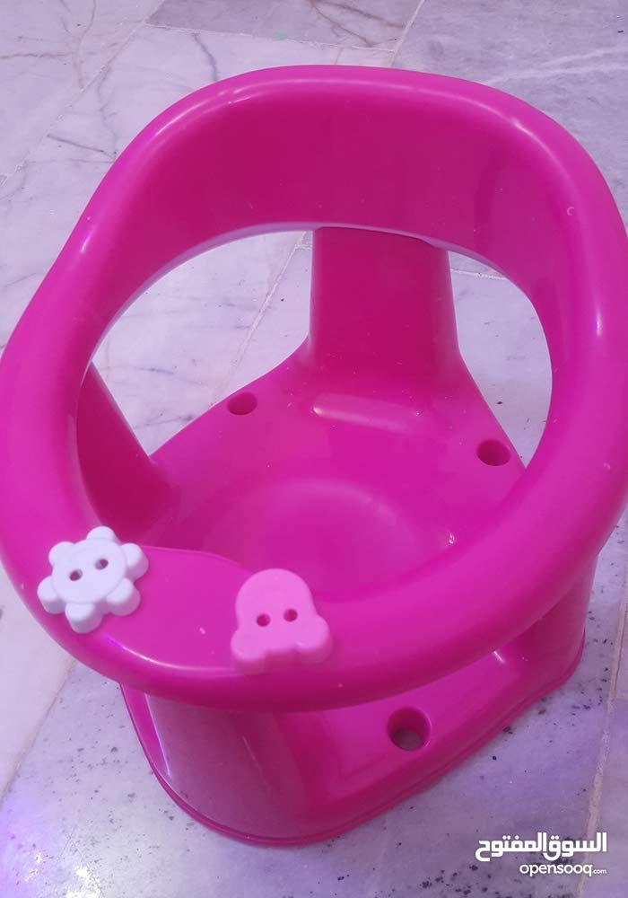 مقعد ومسند طفل للسباحة والاكل