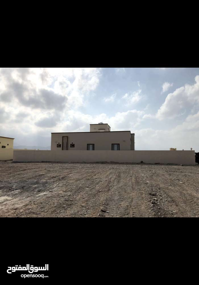 excellent finishing palace for sale in Wadi Al Ma'awal city - All Wadi Ma'awal