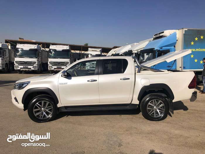 Toyota Hilux car for sale 2016 in Zarqa city