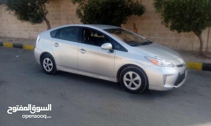 70,000 - 79,999 km Toyota Prius 2014 for sale