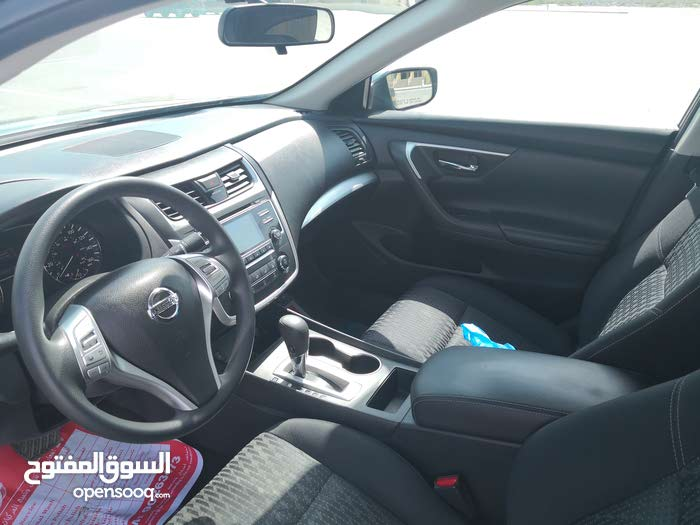Used condition Nissan Altima 2016 with 60,000 - 69,999 km mileage