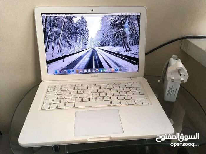 Apple MacBook