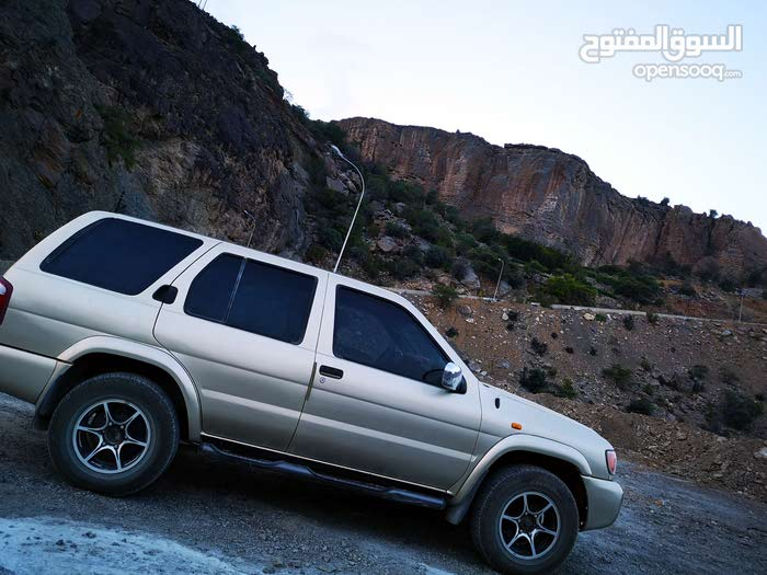 Used 2000 Nissan Pathfinder for sale at best price