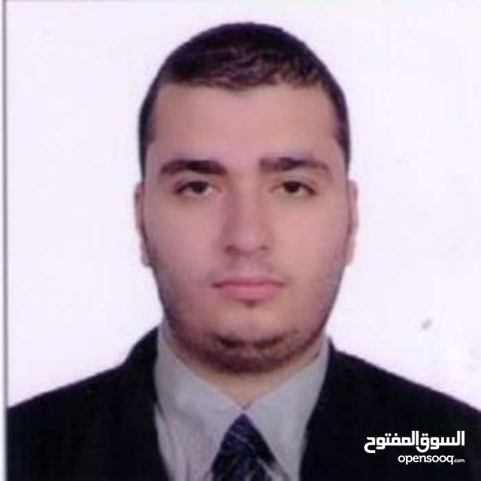 شاب عربي مقيم في ابوظبي  يطلب عمل في اي مجال