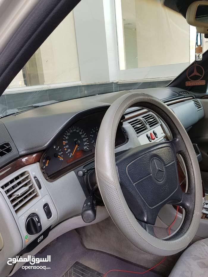 +200,000 km mileage Mercedes Benz E 280 for sale