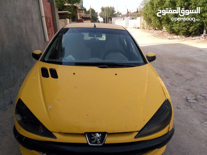 Used condition Peugeot 206 2009 with 1 - 9,999 km mileage