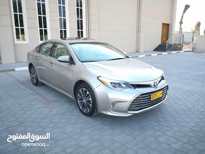 1 - 9,999 km Toyota Avalon 2016 for sale