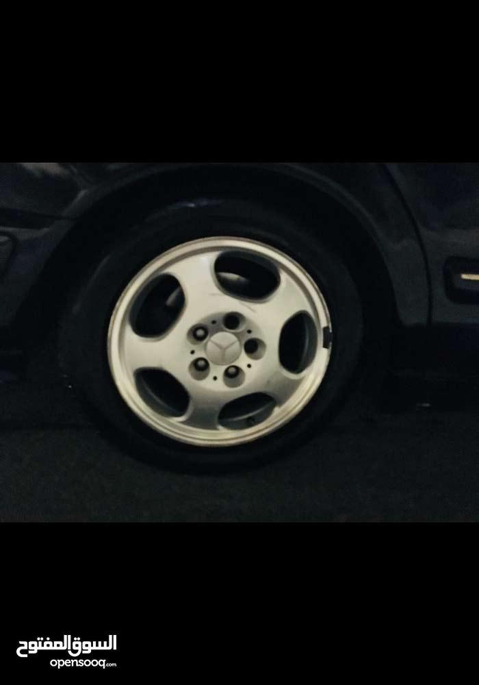 Used condition Mercedes Benz E 200 2000 with +200,000 km mileage
