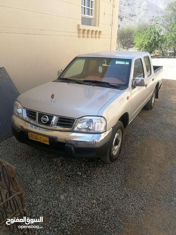 80,000 - 89,999 km Nissan Pickup 2015 for sale