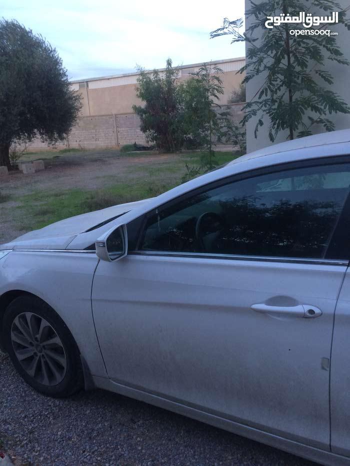 سيارة سوناتا جديدة