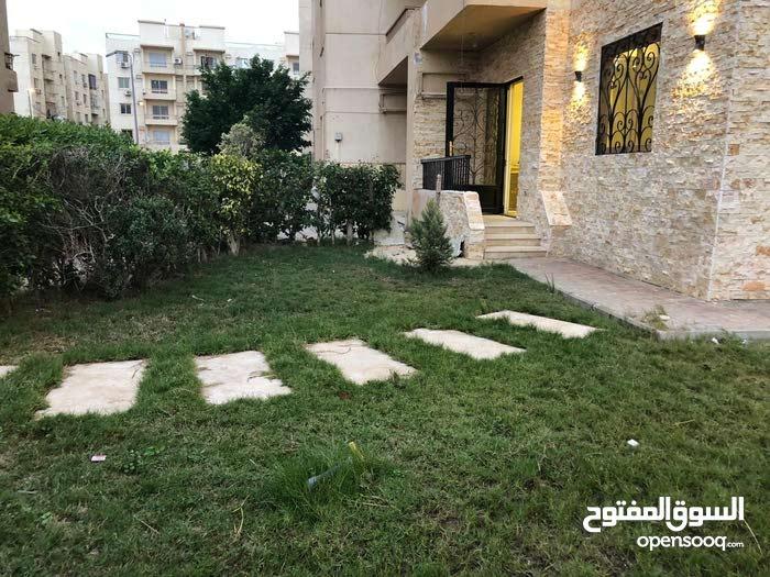 شقة دور ارضي مدخل خاص  للبيع بالشيخ زايد مشروع المستقبل