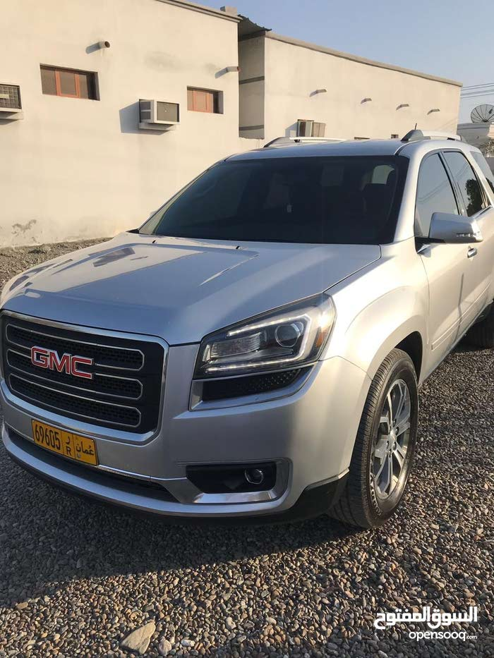Used condition GMC Acadia 2016 with  km mileage