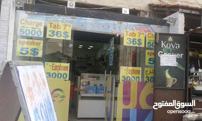 محل للبيع شويفات الاجنحه الخمسه مقبل مجمع الامام الصادق ع  طريق العام