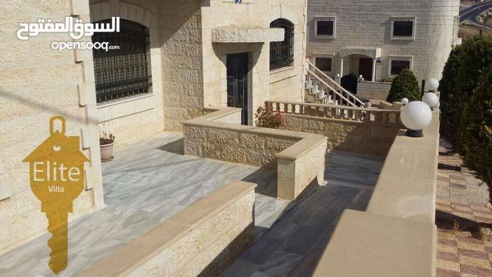 فيلا مستقلة للبيع في الاردن - عمان - الجبيهة مساحة 452م