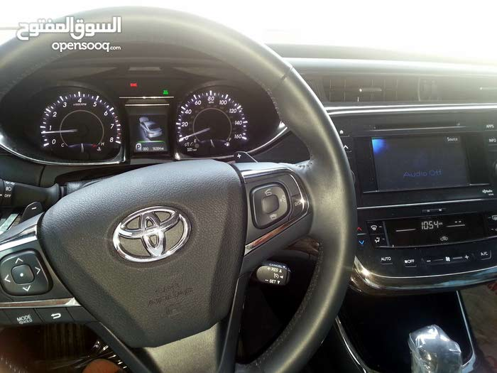 Toyota Avalon car for sale 2013 in Shinas city