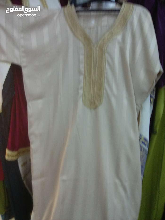 روبا قصيرة مع حزام قماش حايك صناعات تقليدية