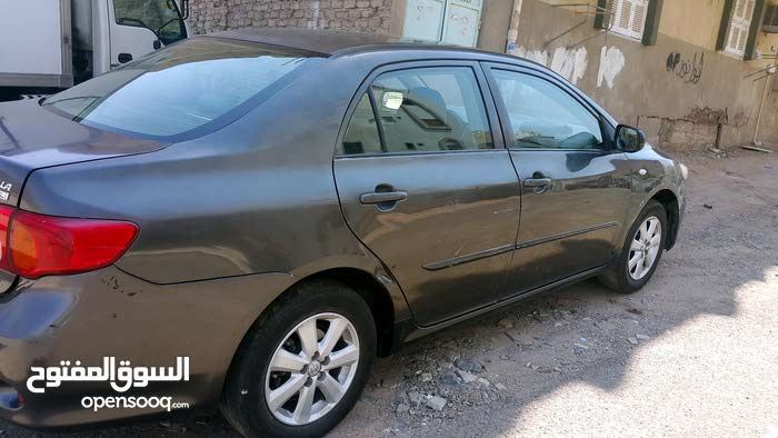Manual Toyota 2010 for sale - Used - Al Madinah city