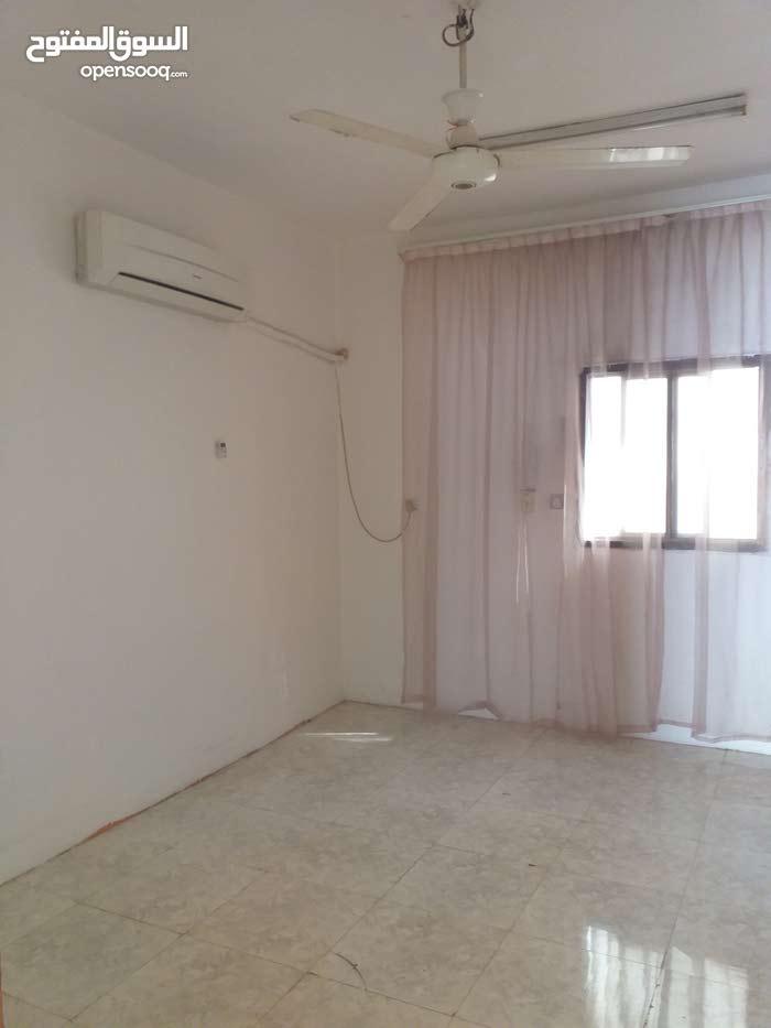 غرفتين وصالة لايجار