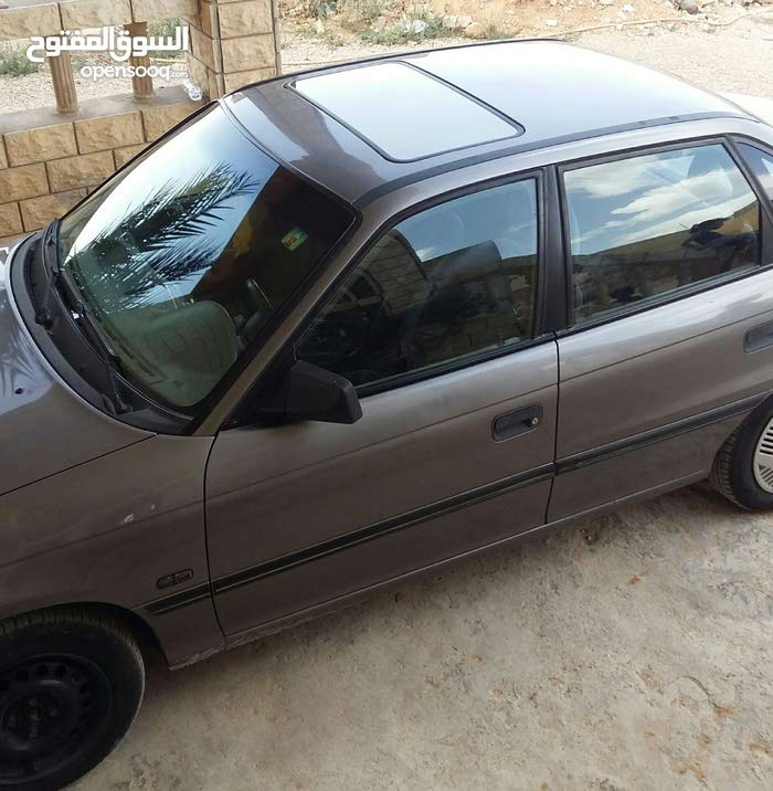 Opel Astra car for sale 1992 in Gharyan city