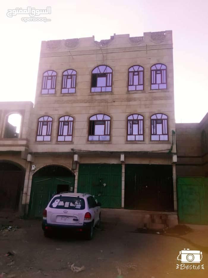 عماره 3دور 4لبن فتحتين ومدخل سياره وخزان ارضي وشقه في الخلف
