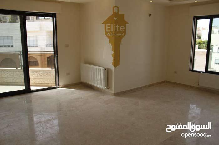 شقه طابق ثالث للبيع في الاردن - عمان - ام السماق مساحتها 177 م