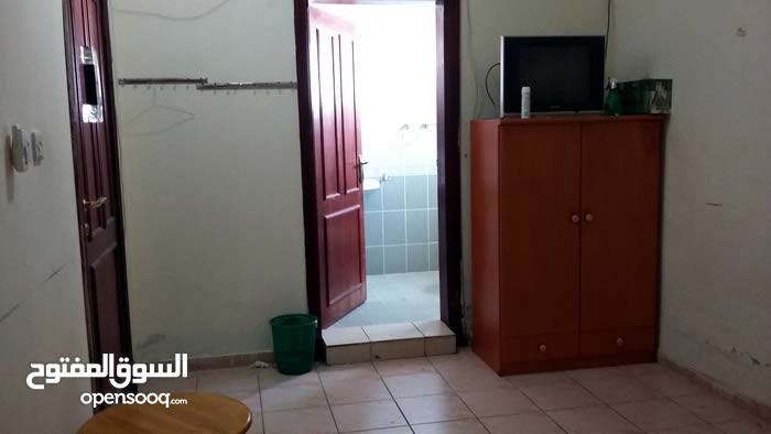 Penthouse Room QR 1600 For Family in Al Thumama - Quick Rental