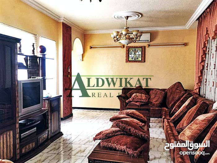 Abu Nsair neighborhood Amman city - 300 sqm house for rent
