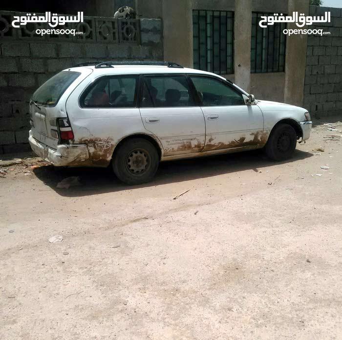 مطلوب سيارة كرولا من 97 الئ 2000